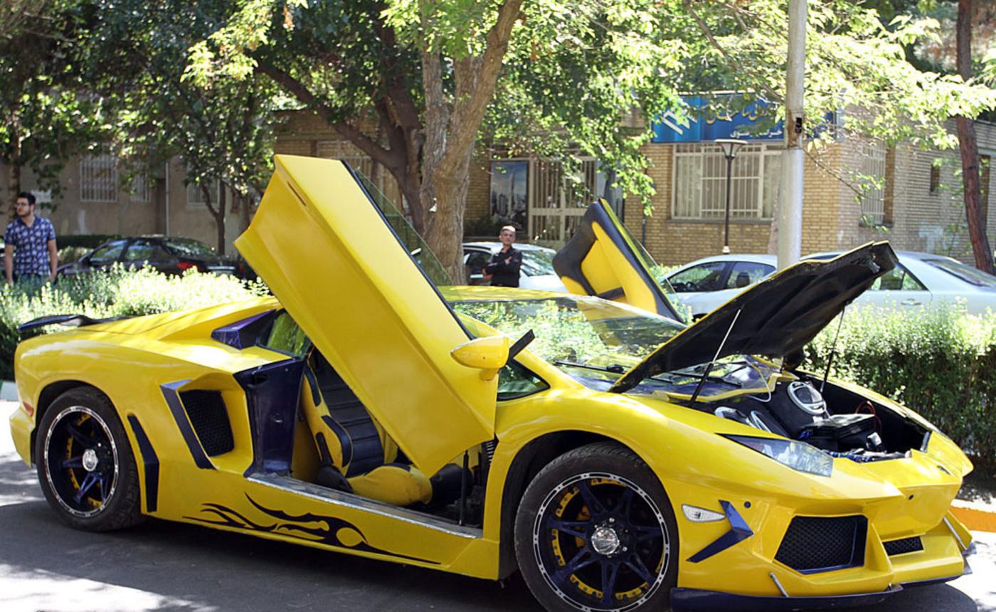 Lamborghini 12 w1400